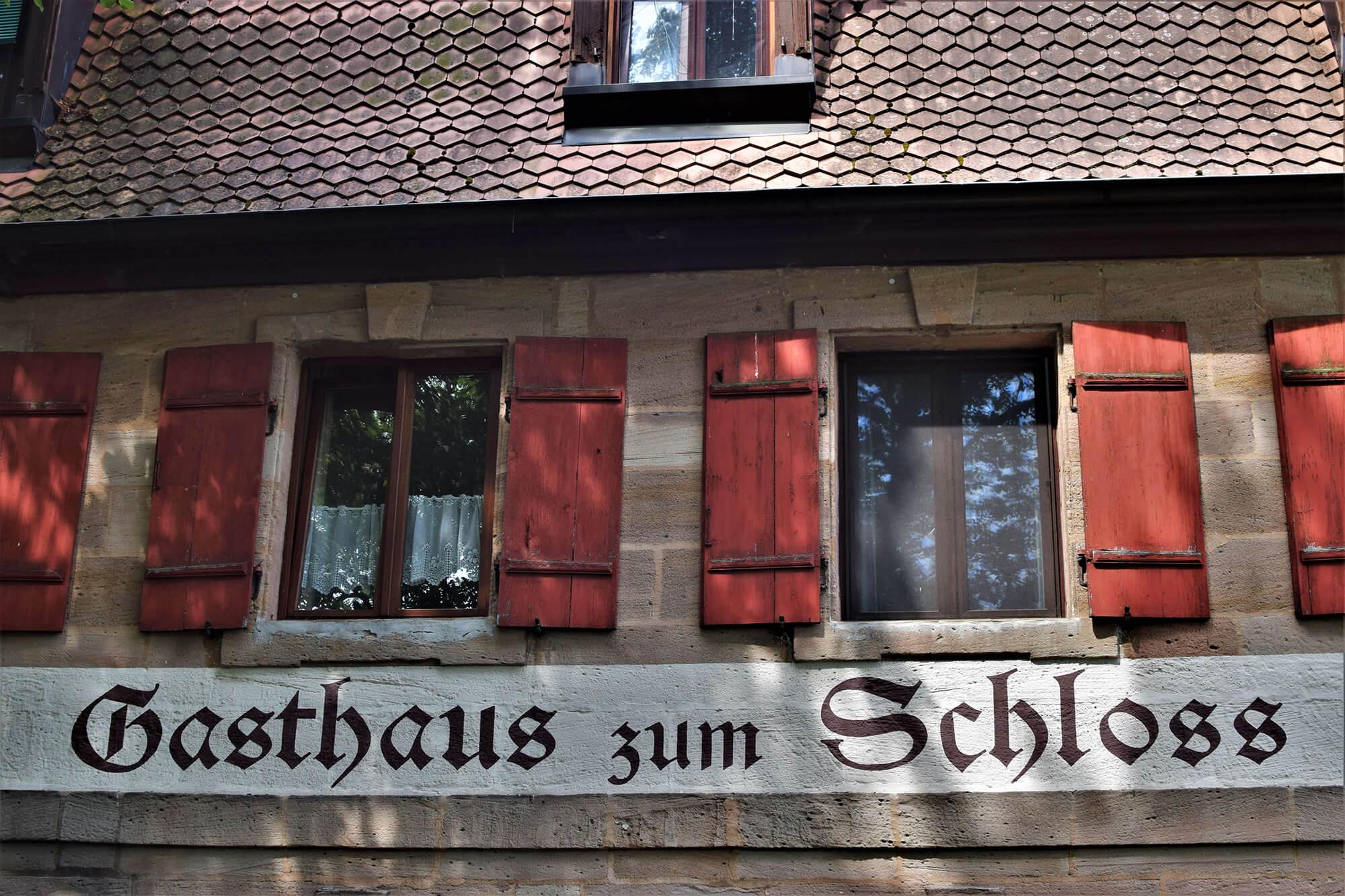 """Gasthaus """"Zum Schloss"""" – Räume"""